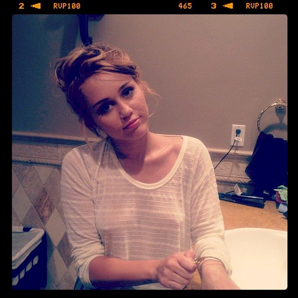 Miley Cyrus Pokies in Malibu