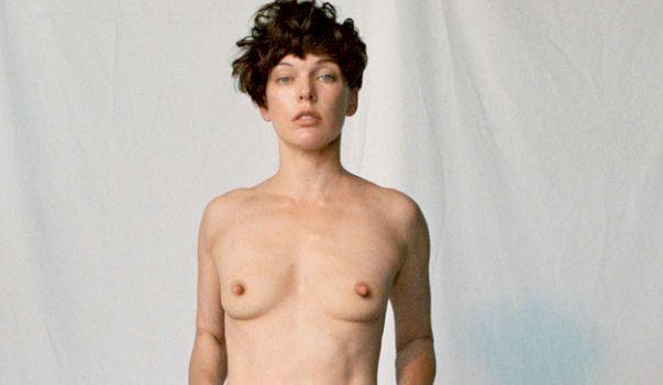 Milla jovovich nipples