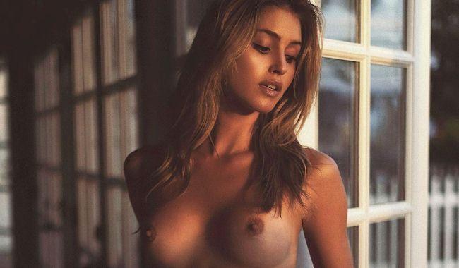 Savannah Brown Nudes