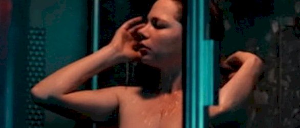 Michelle Williams Topless