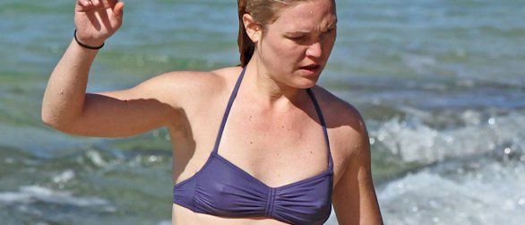 Julia Stiles pokies