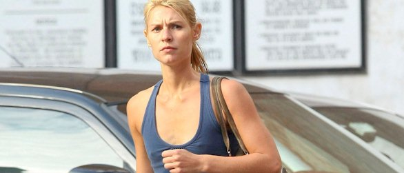 Claire Danes pokies and camel toe