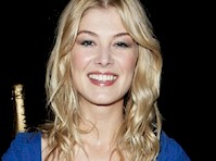 Rosamund Pike cleavage