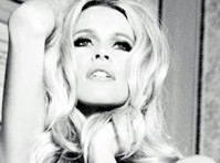 Claudia Schiffer is Sexy at 40