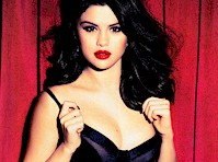 Selena Gomez is Glamourous