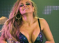 Carmen Electra Cleavage On Stage