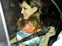 Kelly Brook Panty Upskirt