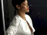 Rihanna isn't Wearing a Bra