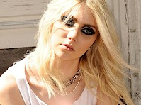 Taylor Momsen Pauses for a Pantyhose Upskirt