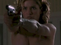 Amanda Peet Topless in The Whole Nine Yards