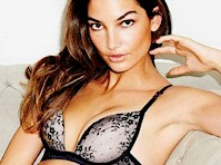 Lily Aldridge in Esquire Mexico
