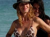 Olga Kent Bikini Pokies