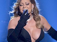 Mariah Carey's Cleavy Performance