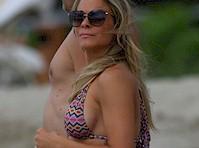 LeAnn Rimes Bikini Candids!