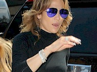 Jennifer Lopez in Yoga Pants!