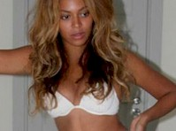 Beyonce in Underwear!