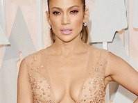Jennifer Lopez Epic Cleavage at the Oscars!