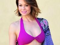 Brooke Burke's Bikini Body!