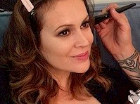 Alyssa Milano is Breast Feeding!