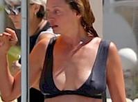 Uma Thurman is Wet in a Bikini!