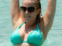 Kellie pickler nude at the beach