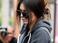 Kendall Jenner in Leggings!