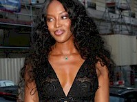 Naomi Campbell in a Sexy Black Dress!