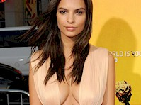 Emily Ratajkowski's Cleavage at the Premiere of We Are Your Friends!