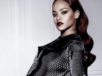 Rihanna gets Sexy for Dior!