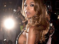 Jourdan Dunn Sideboob at Men of The Year Awards!