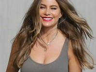 Sofia Vergara's Cleavage in Grey!