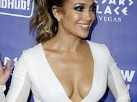 Jennifer Lopez Cleavage in a Tight Dress!