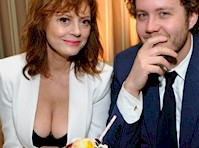 Susan Sarandon Cleavage was the Highlight at The SAG Awards!