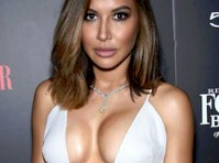 Naya Rivera Super Cleavage!