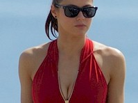 Alexandra Daddario in the Red <em>Baywatch</em> Swimsuit!