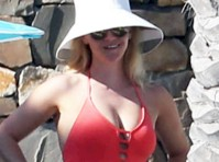 Reese Witherspoon in a Swimsuit!