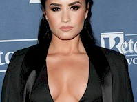 Demi Lovato Cleavage at the <em>GLAAD Media Awards</em>!