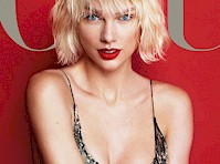 Taylor Swift&#8217;s Legs in <em>Vogue</em> Magazine!