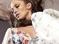 Jennifer Lopez Panty Upskirt!