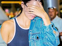 Kendall Jenner in Leggings at the Airport!