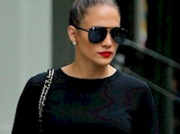 Jennifer Lopez Looking Good in Tights!
