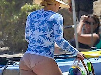 Hilary Duff's Butt in a Bikini!