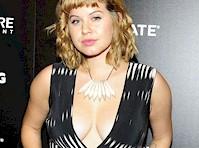 Emily Althaus  nackt