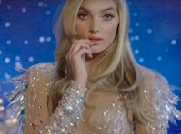 <em>Victoria&#8217;s Secret</em> Holiday Commercial!