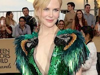 Nicole Kidman Cleavage at the <em>SAG Awards!</em>