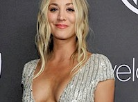 Kaley Cuoco&#8217;s Cleavage at the <em>74th Annual Golden Globe Awards!</em>