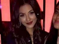 Victoria Justice Panty Upskirt!