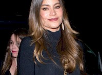 <em>Sofia Vergara</em> Wore a Miniskirt and Pantyhose!