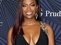 <em>Kandi Burruss</em> Cleavage in a Sexy Dress!