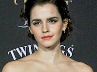 <em>Emma Watson</em> Defends Her Boob in <em>Vanity Fair!</em>